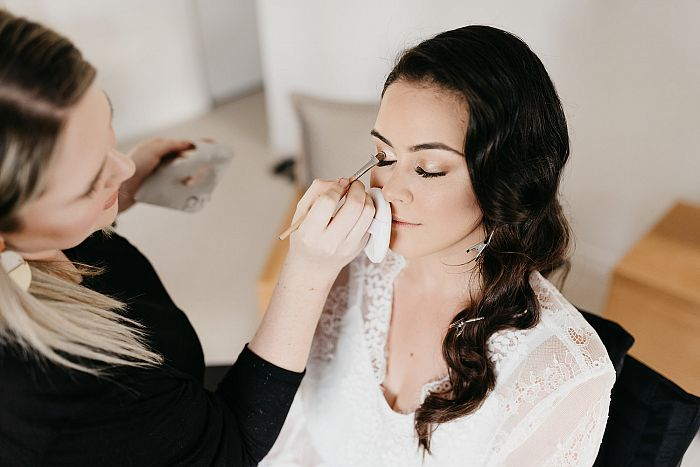 How to choose the right makeup artist for your big day